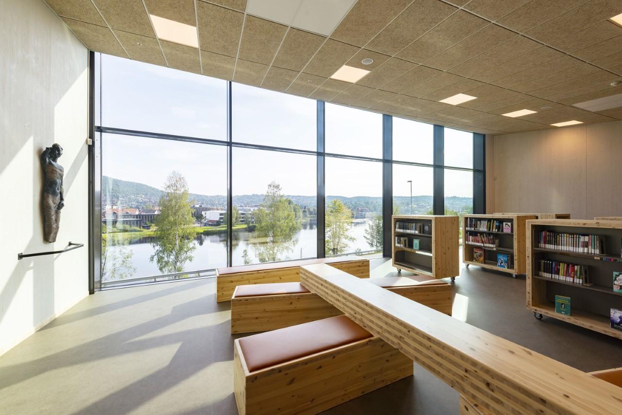 Troldtekt akustik til Vestsiden ungdomsskole i Kongsberg